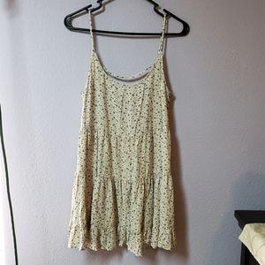 Brandy 💖 Melville Tiered Babydoll Dress